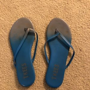 Tkees size 8